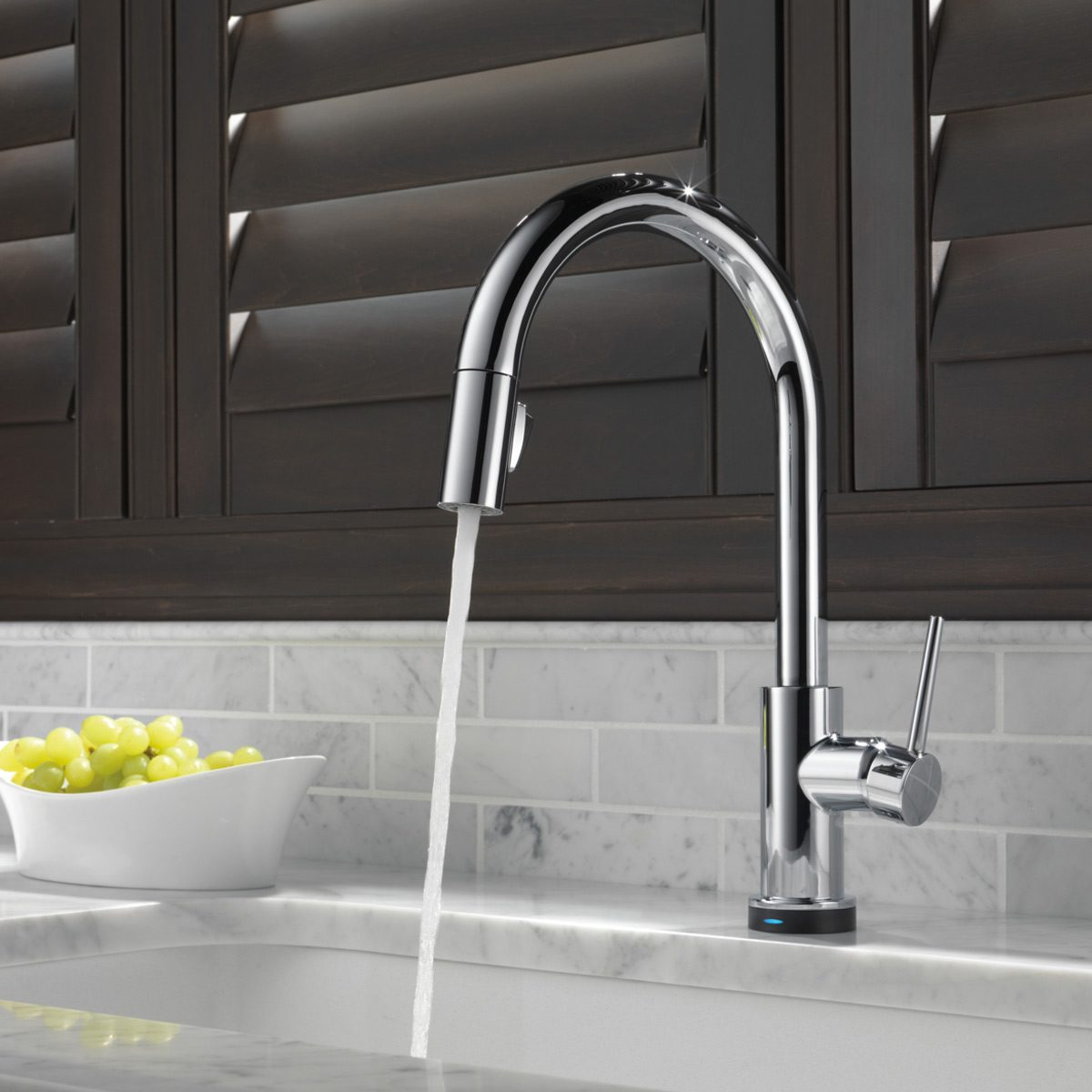 single-handle-faucet plumbing fixtures