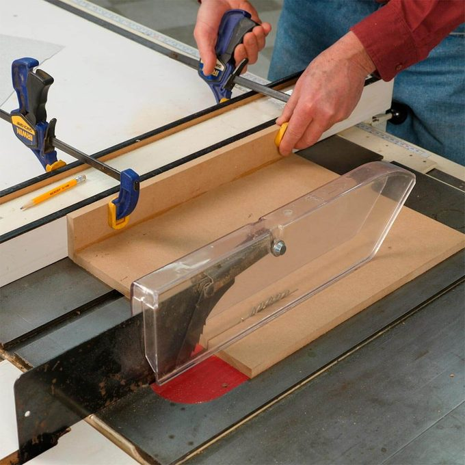 clamping jig to table saw fence