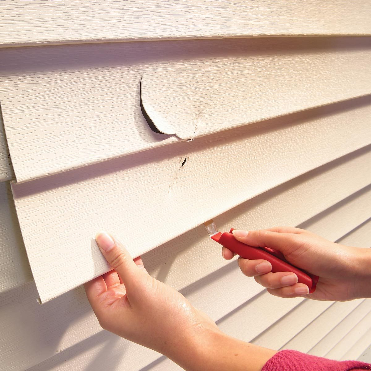 replace damaged vinyl siding