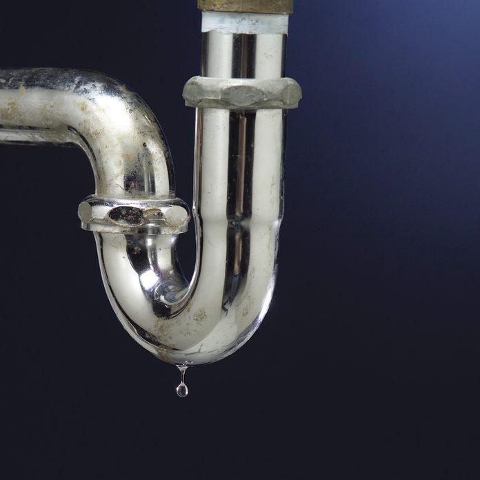 leaky plumbing pipes
