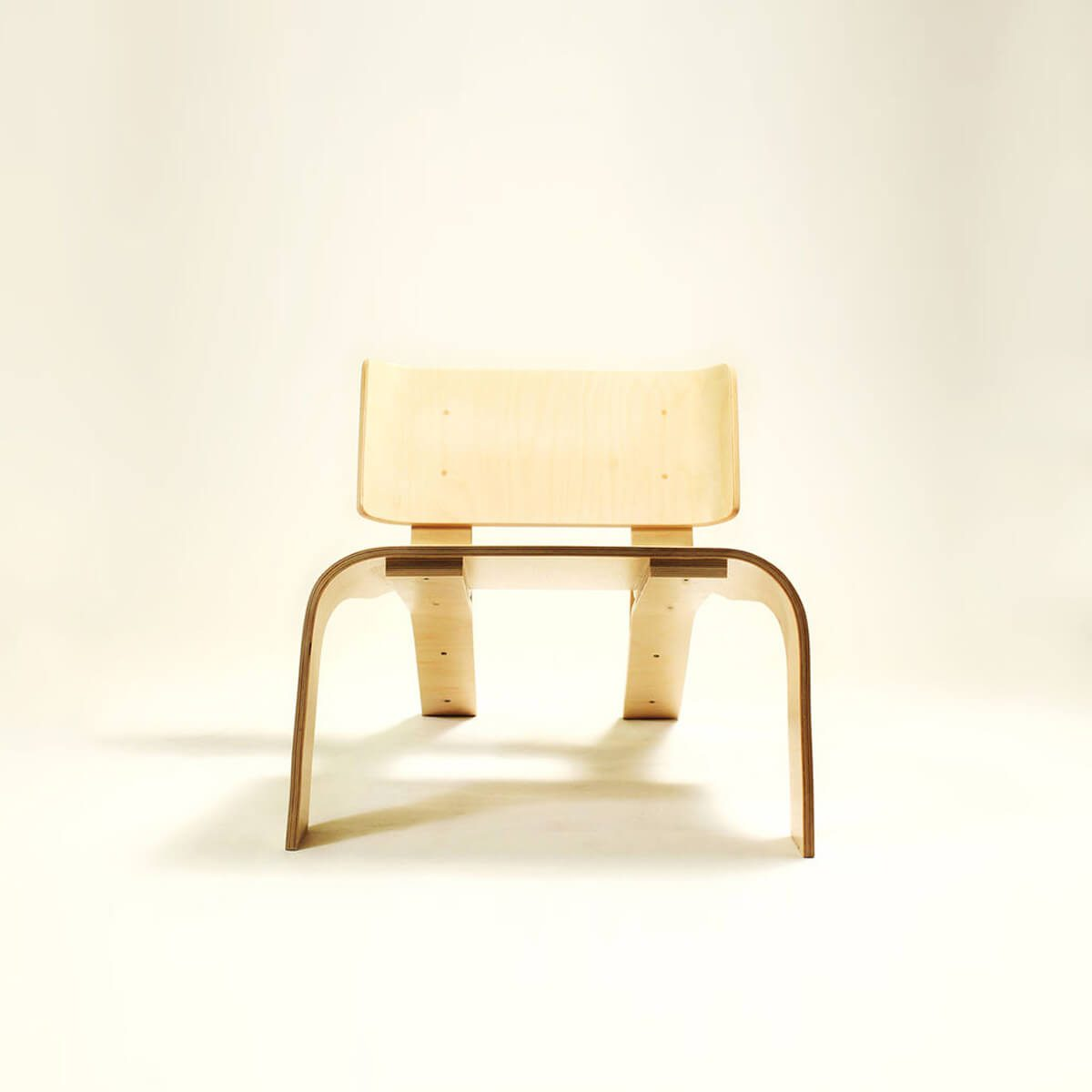 A Bent Plywood Chair You Can Make Yourself