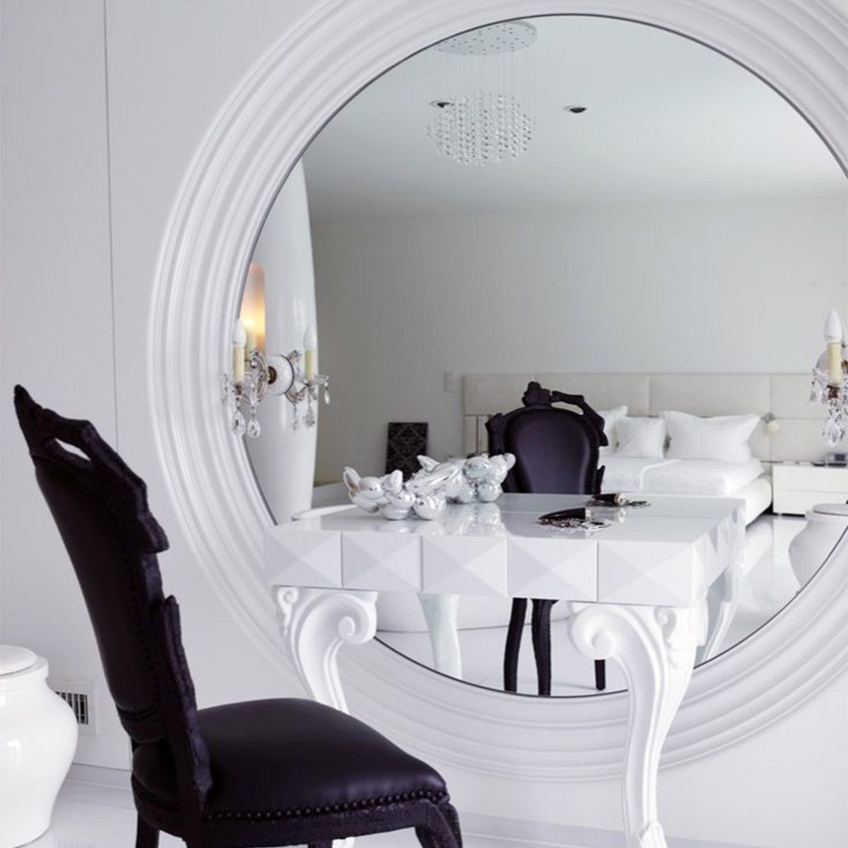 large mirror make-up vanity