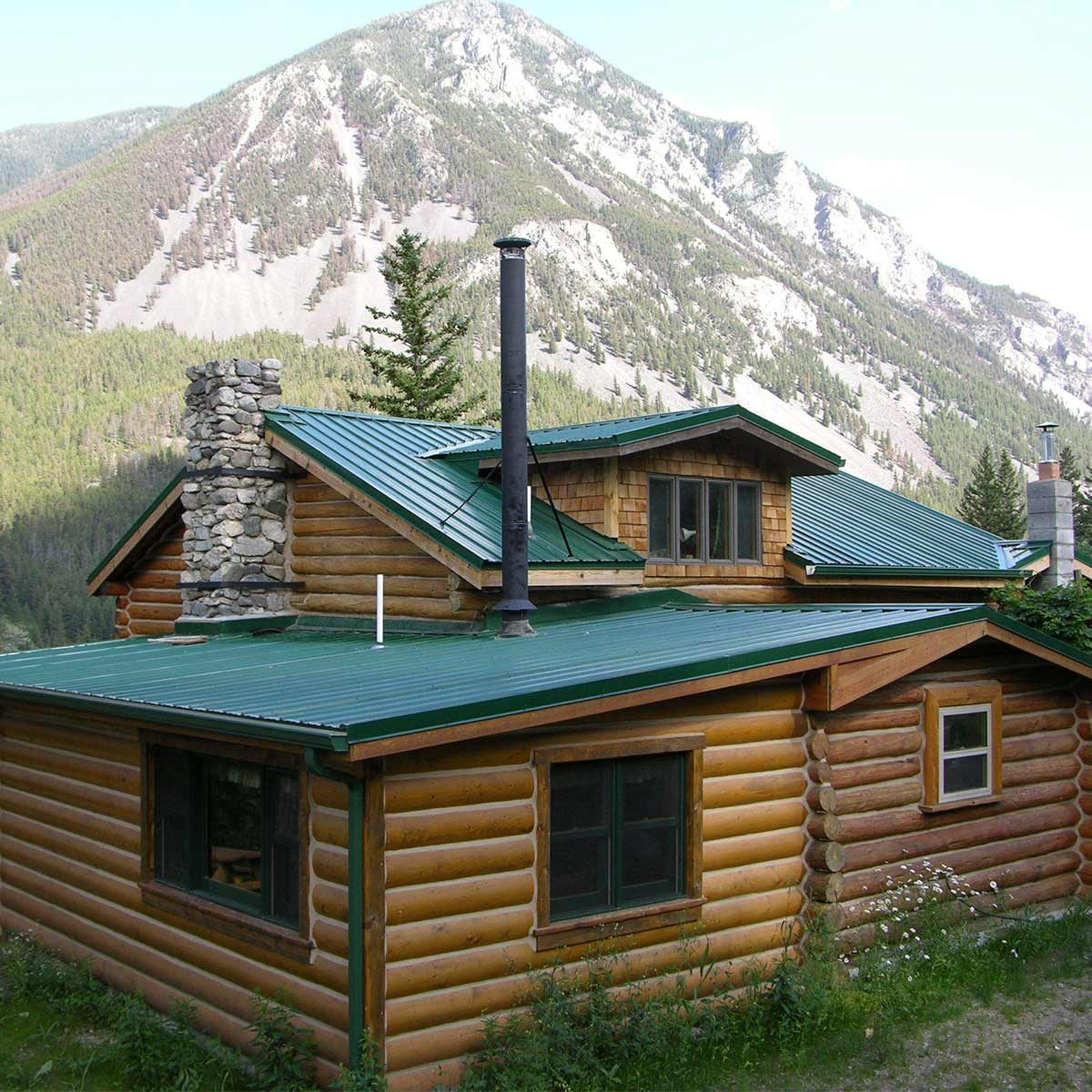 mountainside-cabin