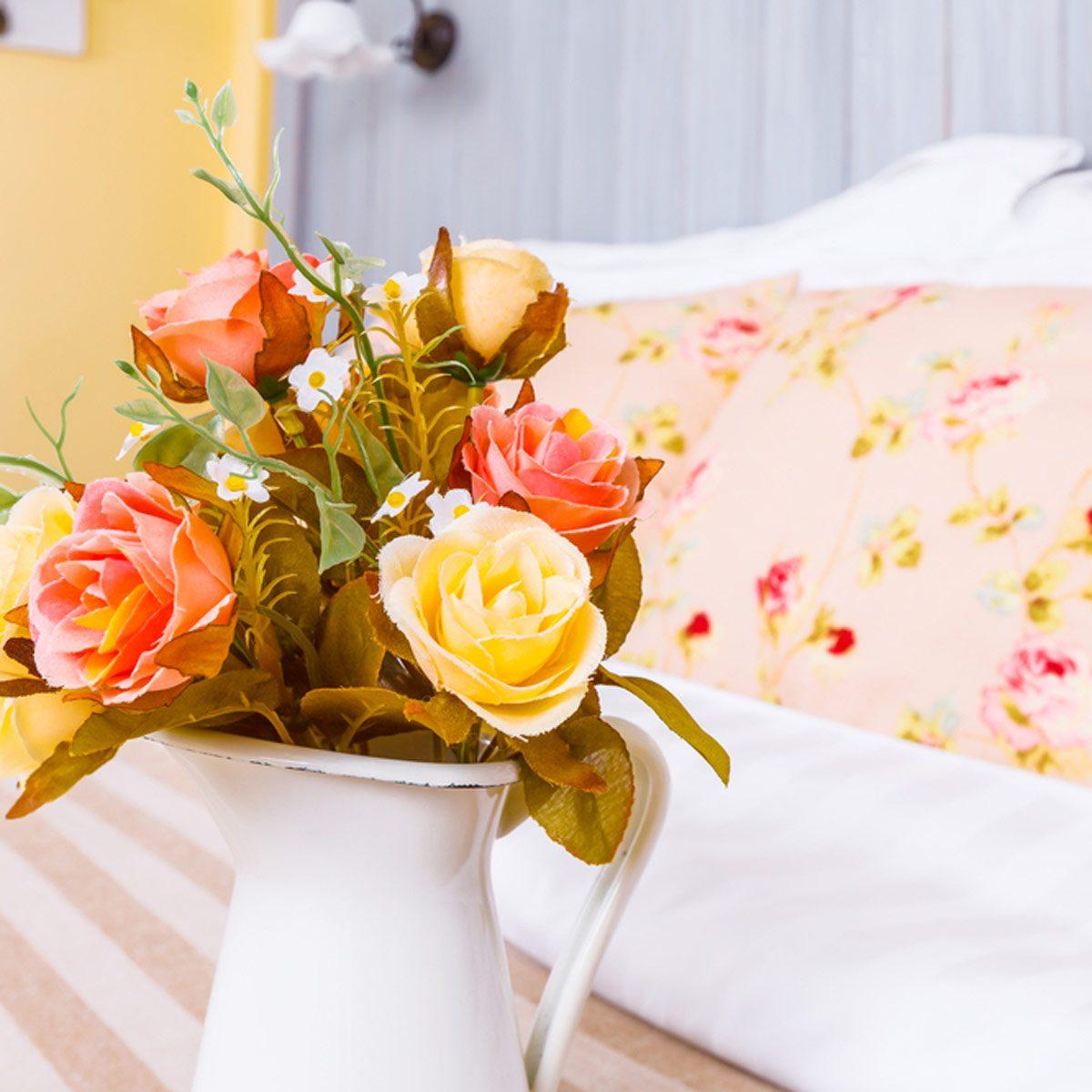 shutterstock_199884179 bedroom flowers