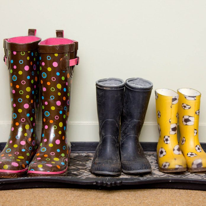 indoor air quality rain boot tray