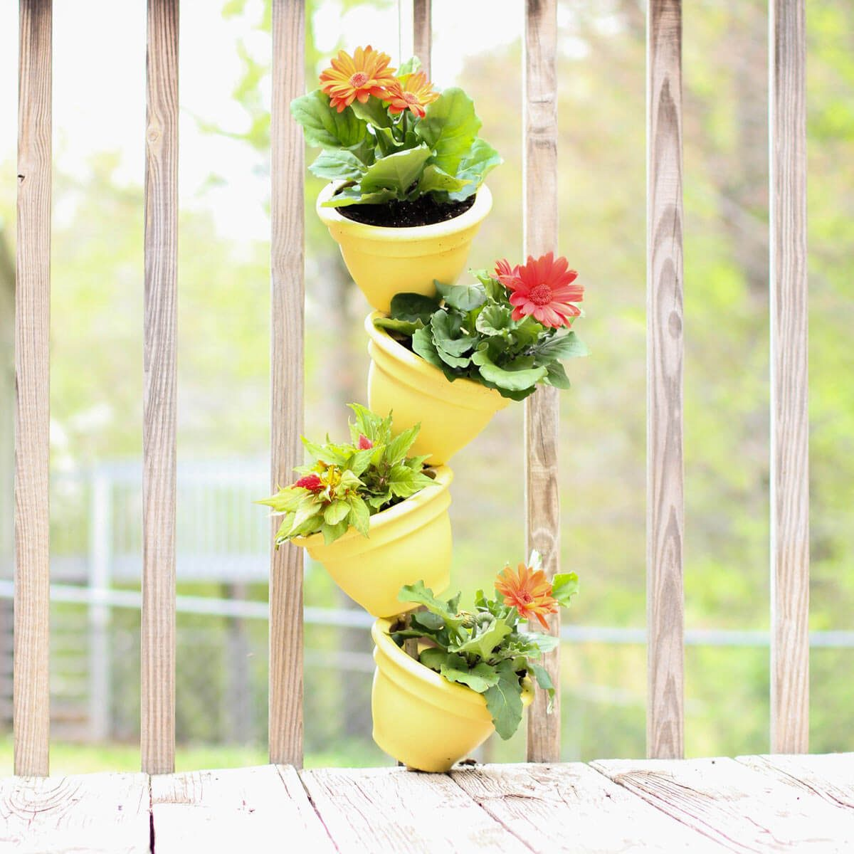 small pot flower tower