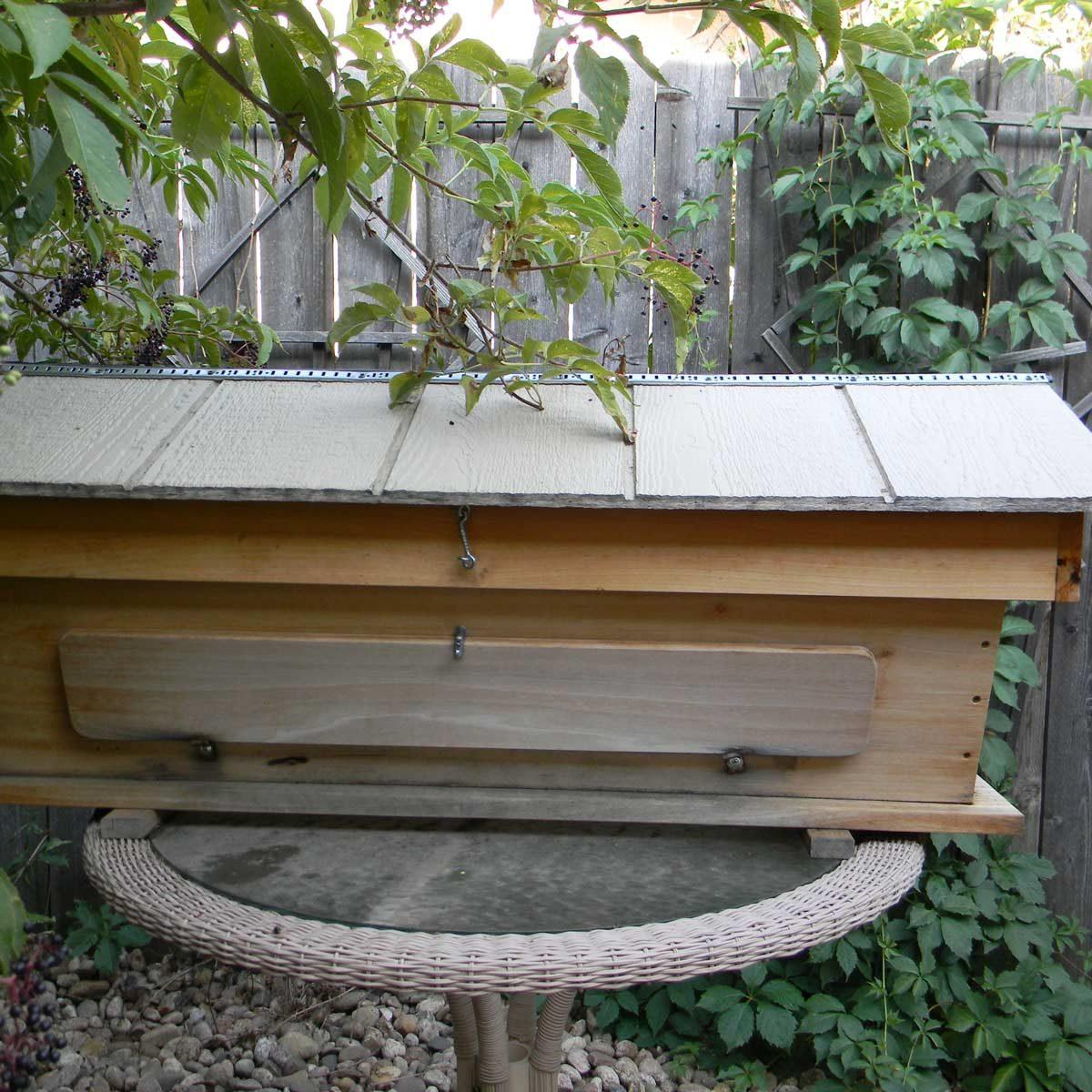 Top Bar Bee Hive