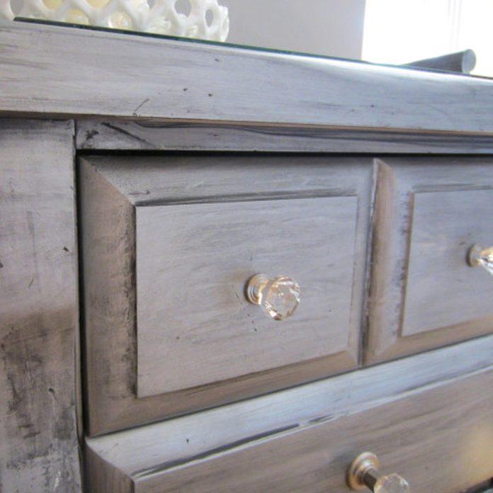 Old Furniture metallic paint