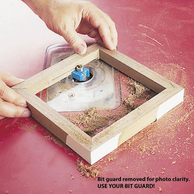 routing frame for tile trivet