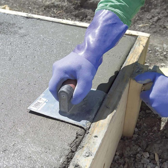 round edge of concrete slab