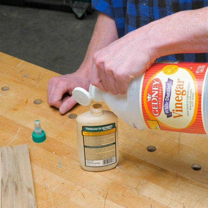 Thinning Glue 1 vinegar