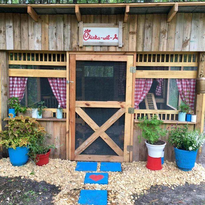 chick fil a chicken coop unique chicken coops