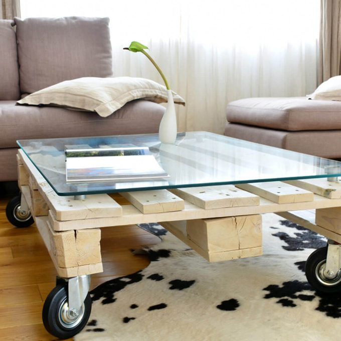 wood pallet coffee table