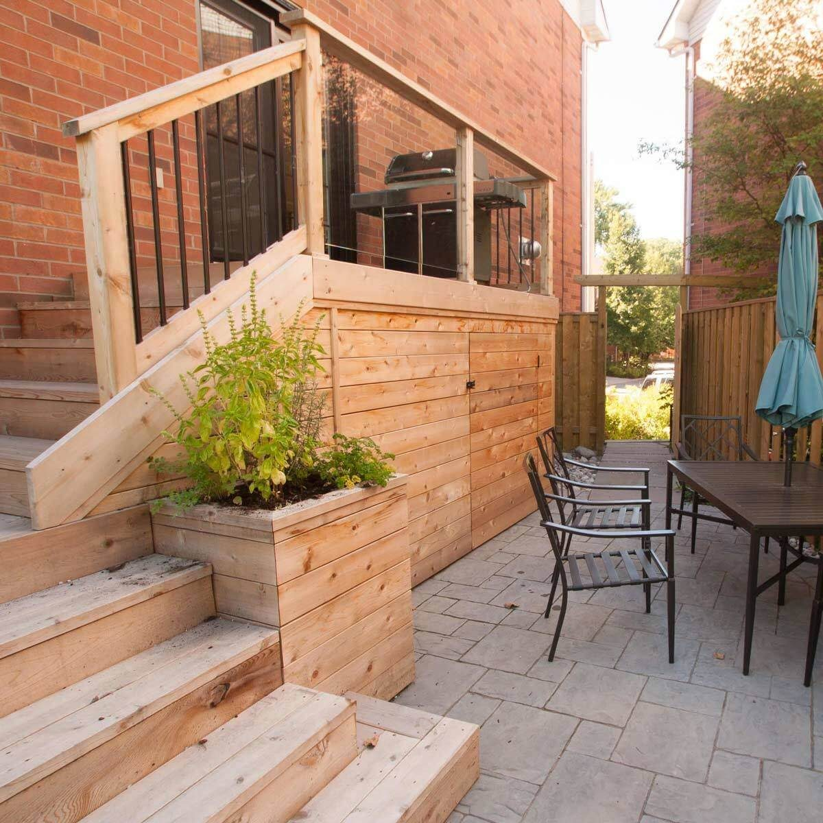 Small Deck with Patio