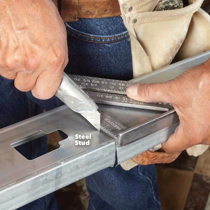 cut metal with utility knife