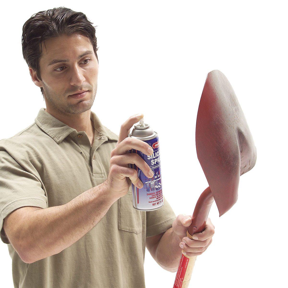 spraying shovel with pam