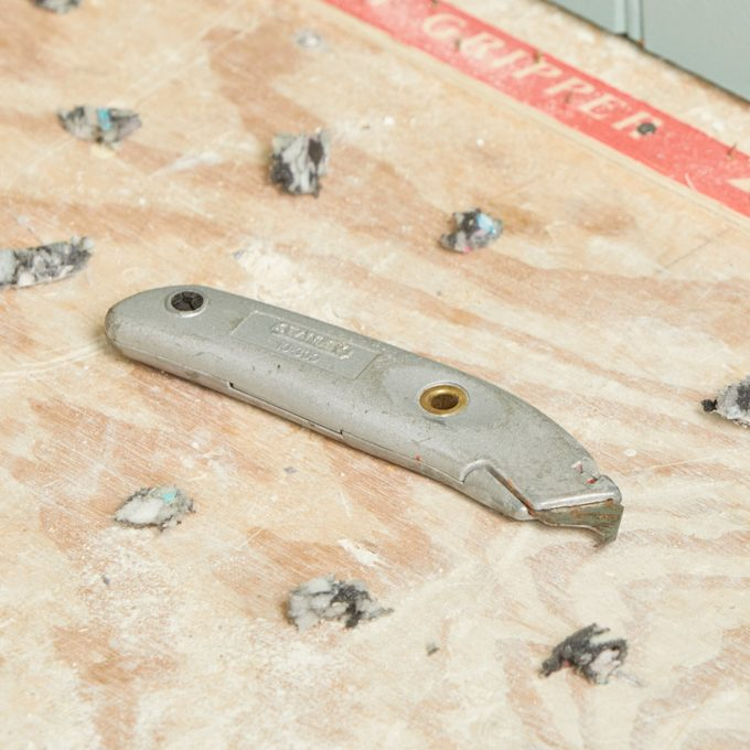 HH hook blade staple remover