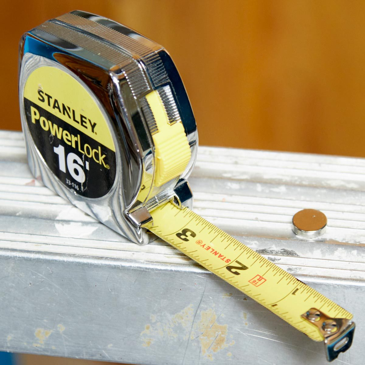 HH magnetic tape measure