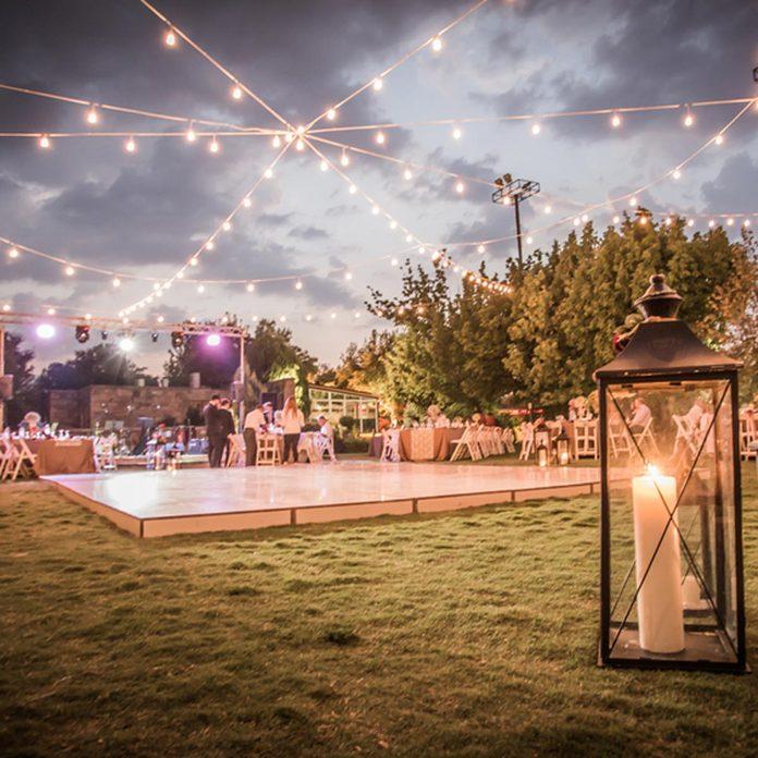 backyard wedding pallet dance floor