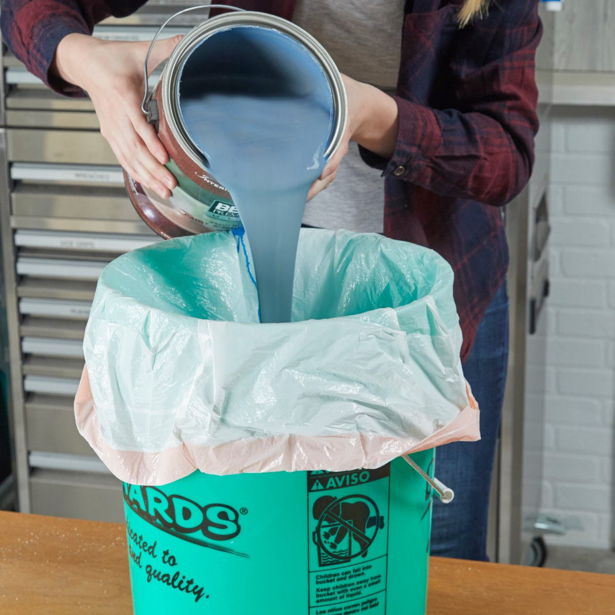 HH 5-gallon bucket clean up trash bag liner