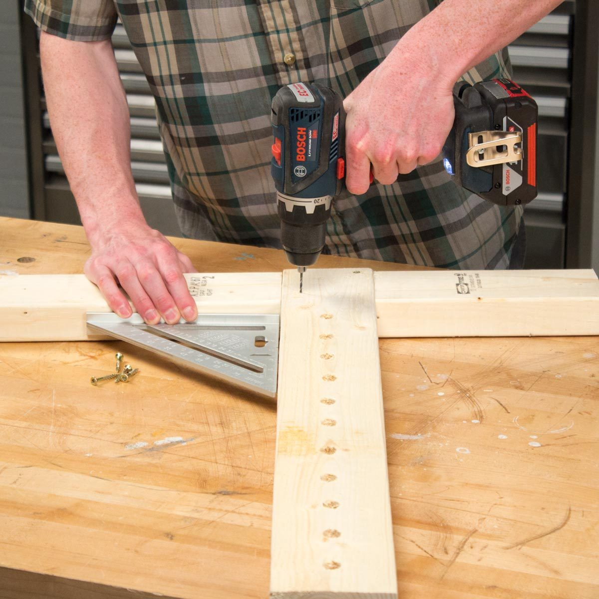 Adjustable Sawhorse Create adjustable assembly