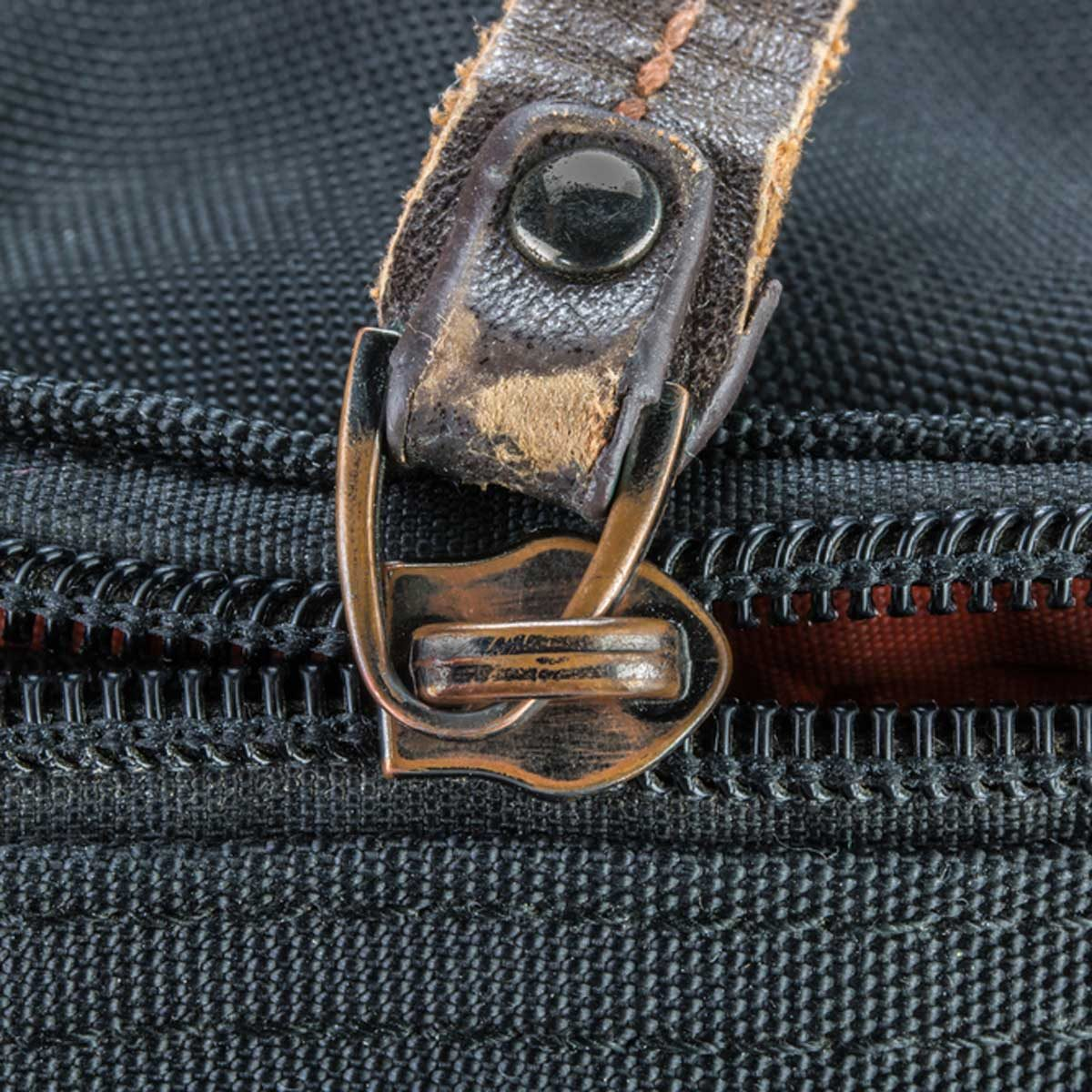 how to fix a zipper on a bag