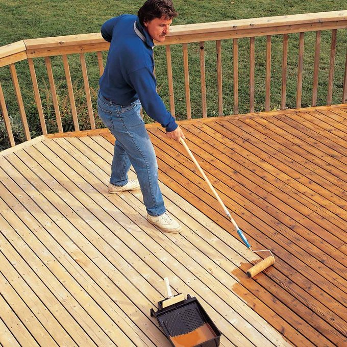 staining a deck finish