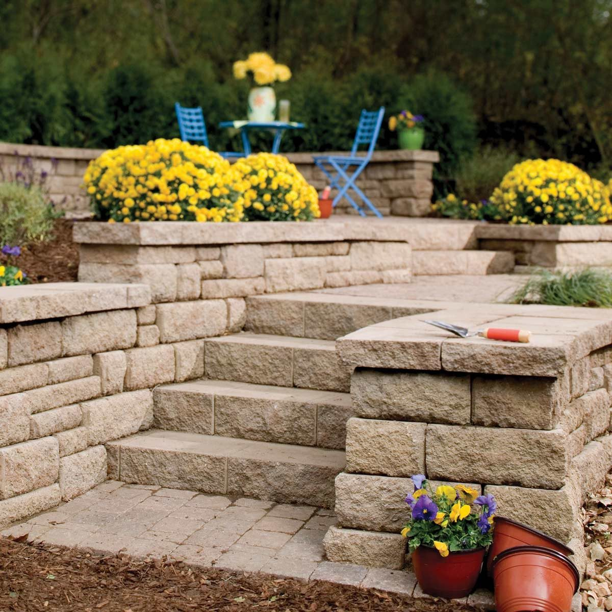 retaining wall landscaping patio concrete brick