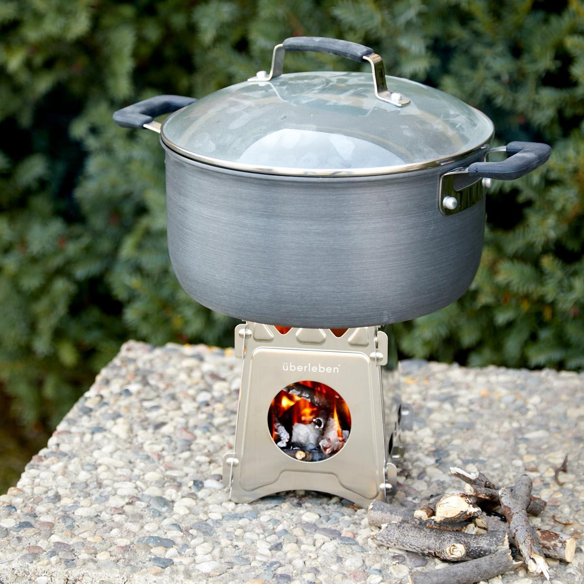 purify water camping stove boiling water