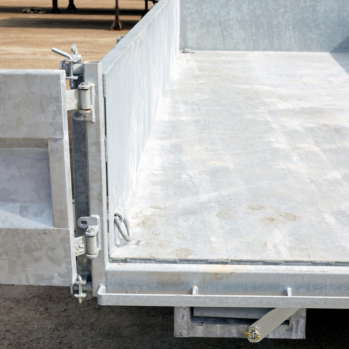 Trailer Metal Thickness | Construction Pro Tips