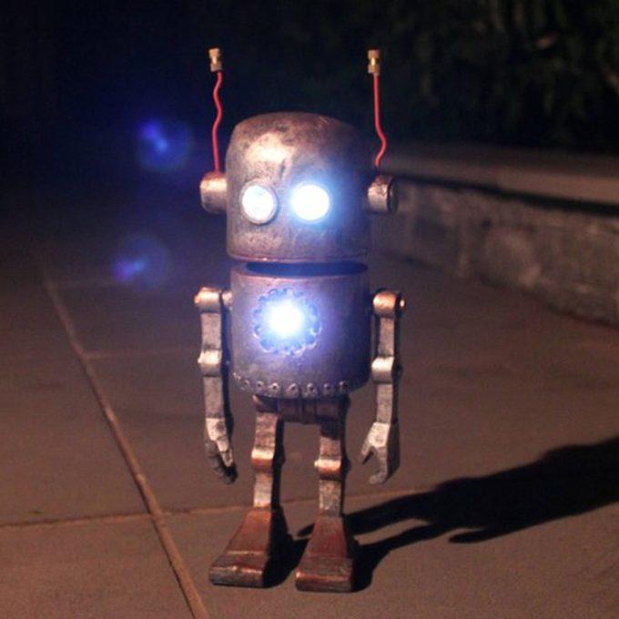 robot unique solar lights