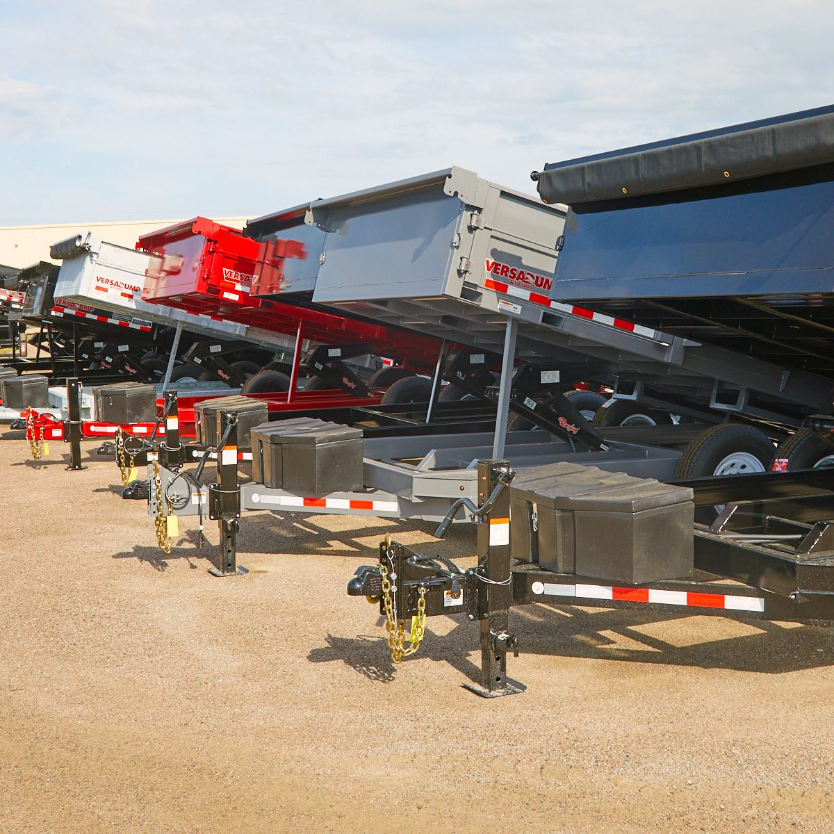 Different sizes and varieties of Dump Trailers | Construction Pro Tips
