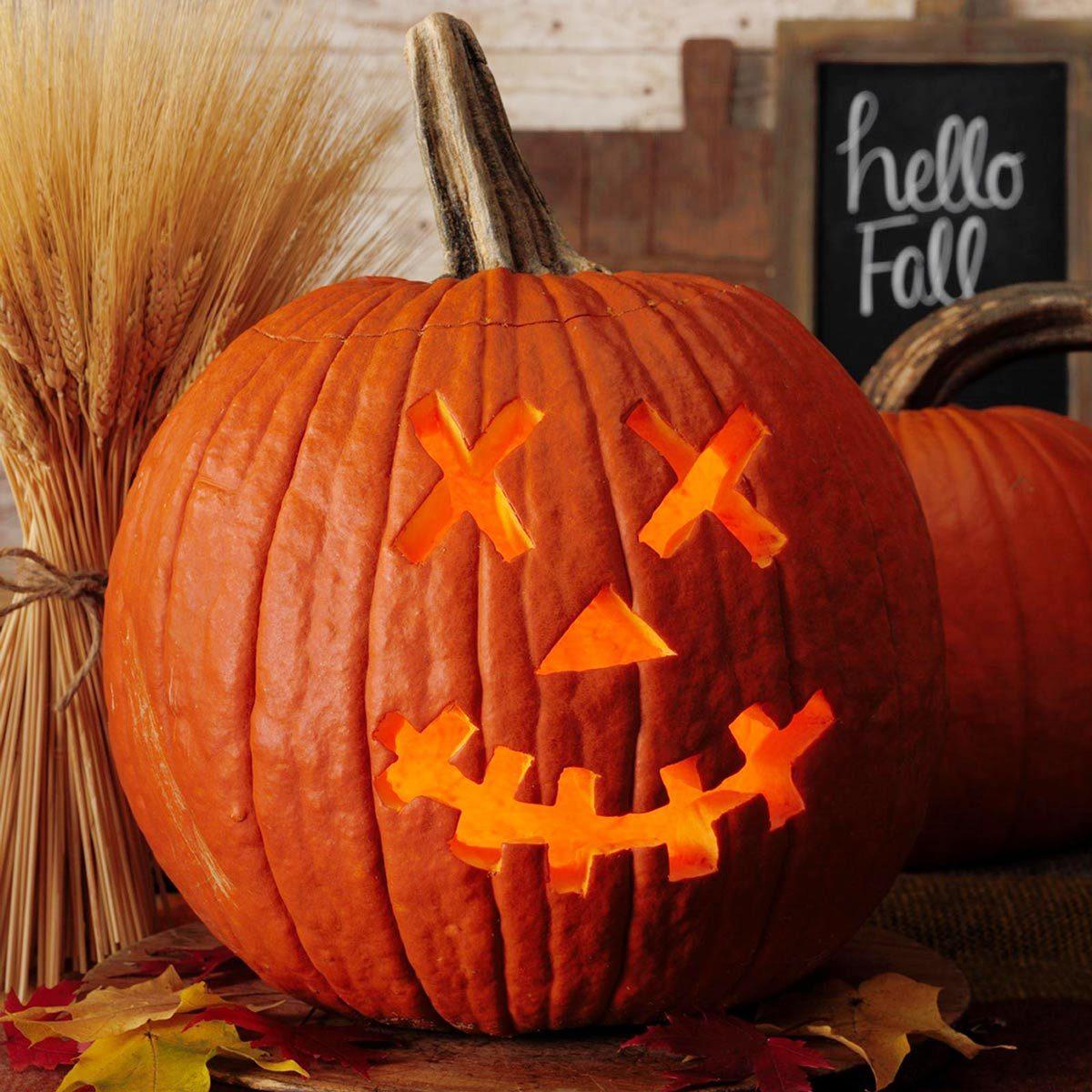 skeleton halloween jack o'lantern pumpkin