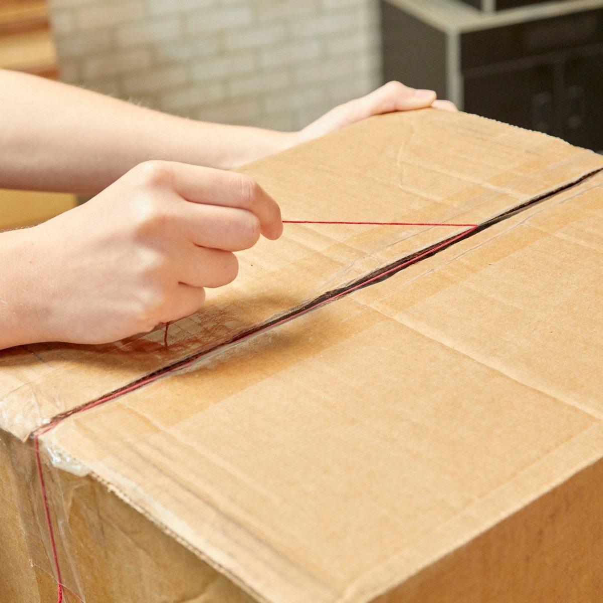 HH Handy Hint tear apart packaging string box