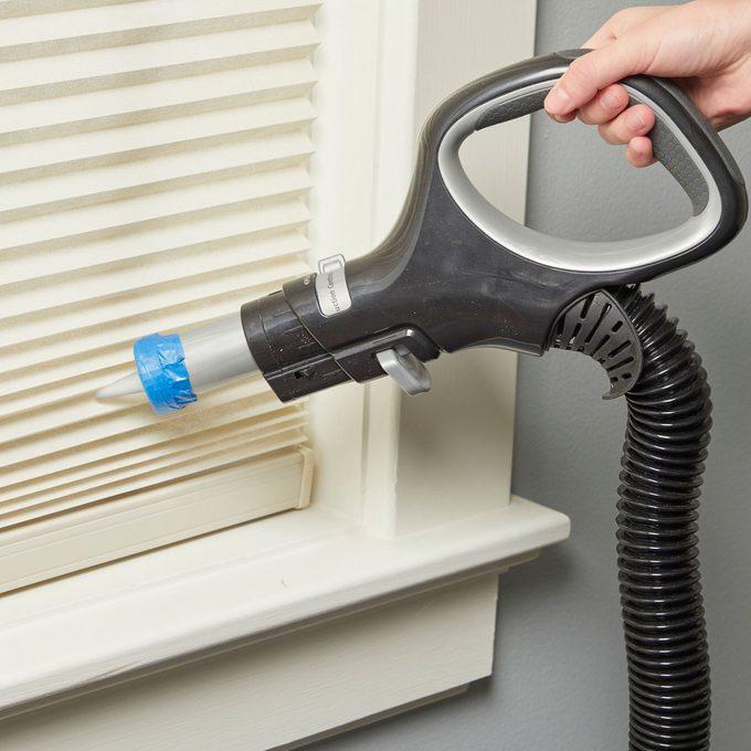 HH Handy Hint vacuum cleaner spout hack condiments nozzle
