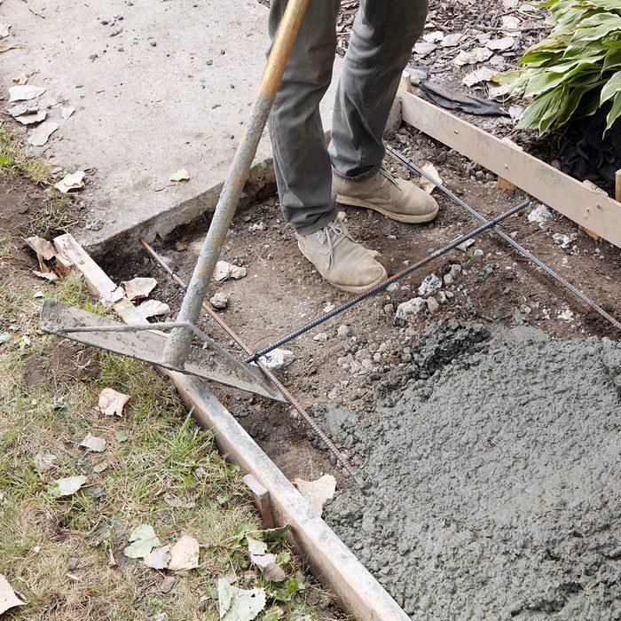 Lifting rebar with rake   Construction Pro Tips