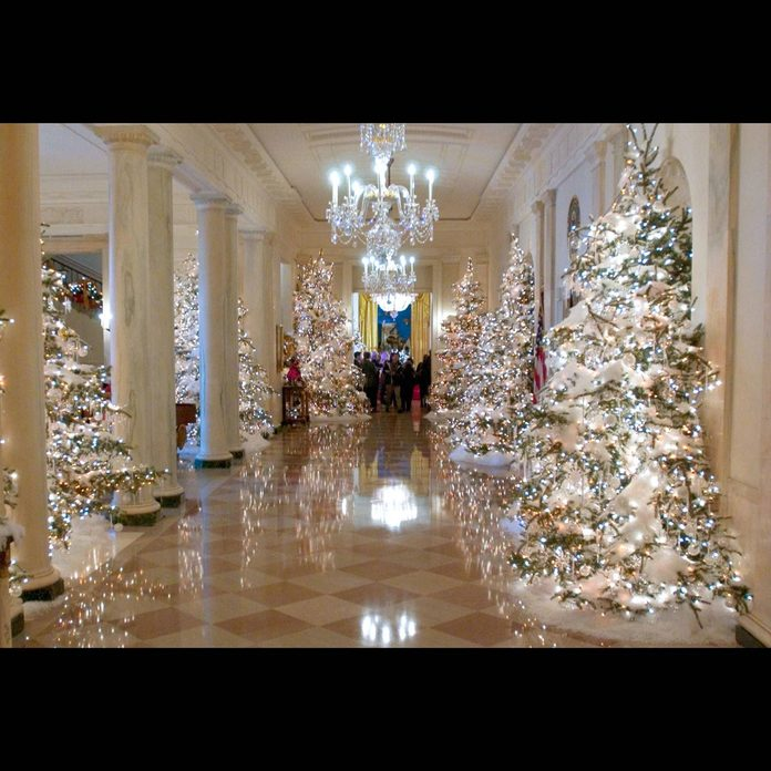 White House Christmas decorations 2004