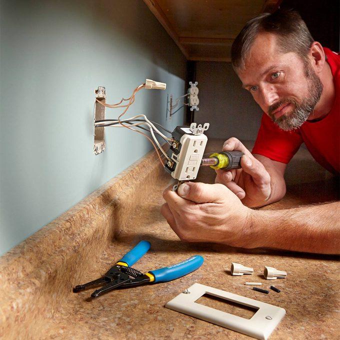Installing an outlet near a countertop | Construction Pro Tips