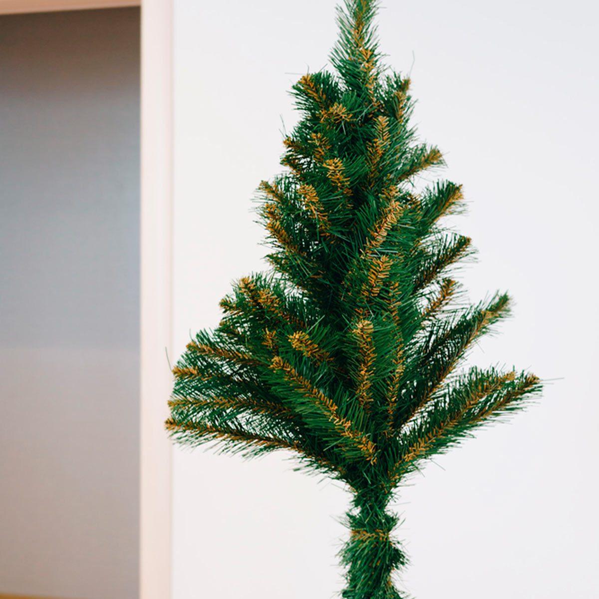 pet-friendly christmas tree