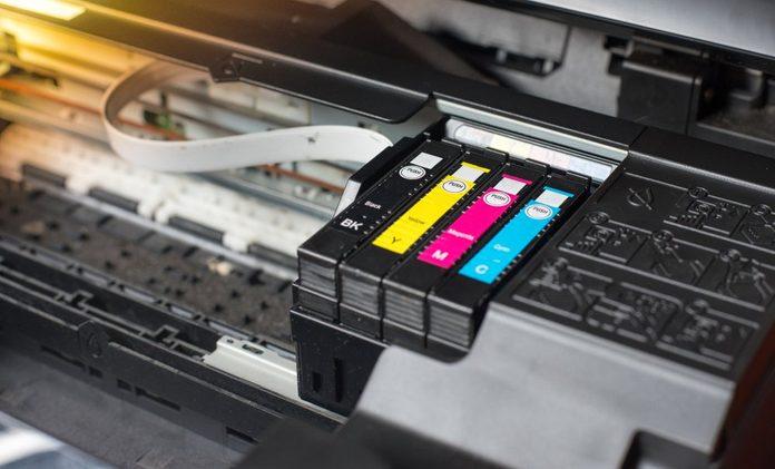 Close up printer ink jet cartridge by selective focus