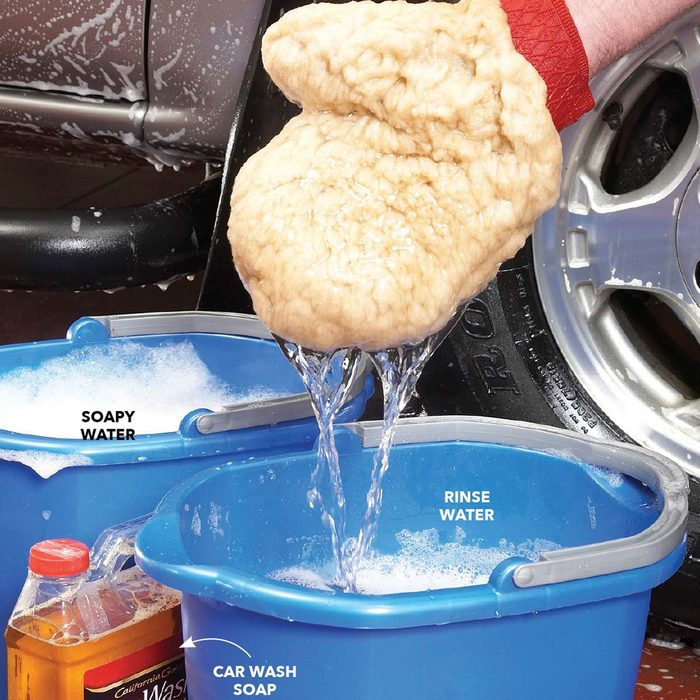 Best Way to Wash a Car: Wash With the Right Suds
