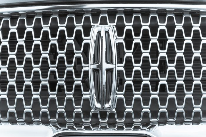 HOUSTON, US-SEPT 10, 2016: Close-up metallic logo of Lincoln Motor, a division of Ford Motor Company that sells luxury vehicles. Founded 1917 by Henry Leland, Lincoln is subsidiary of Ford since 1922.