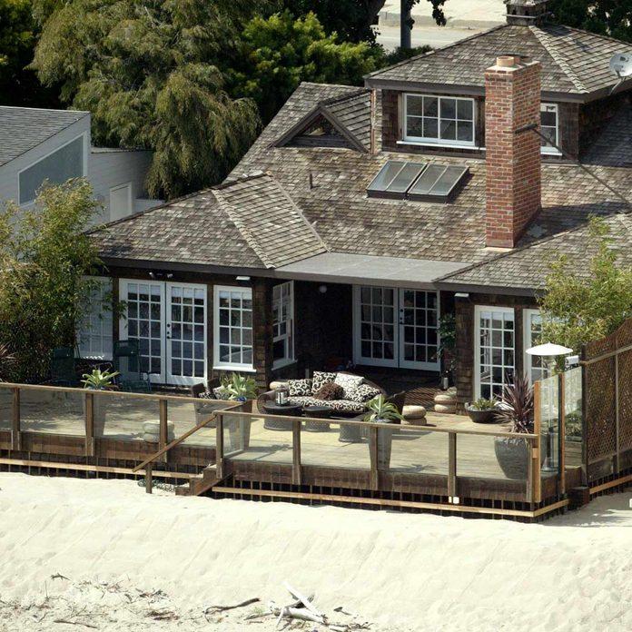 Jennifer Aniston Malibu beach house