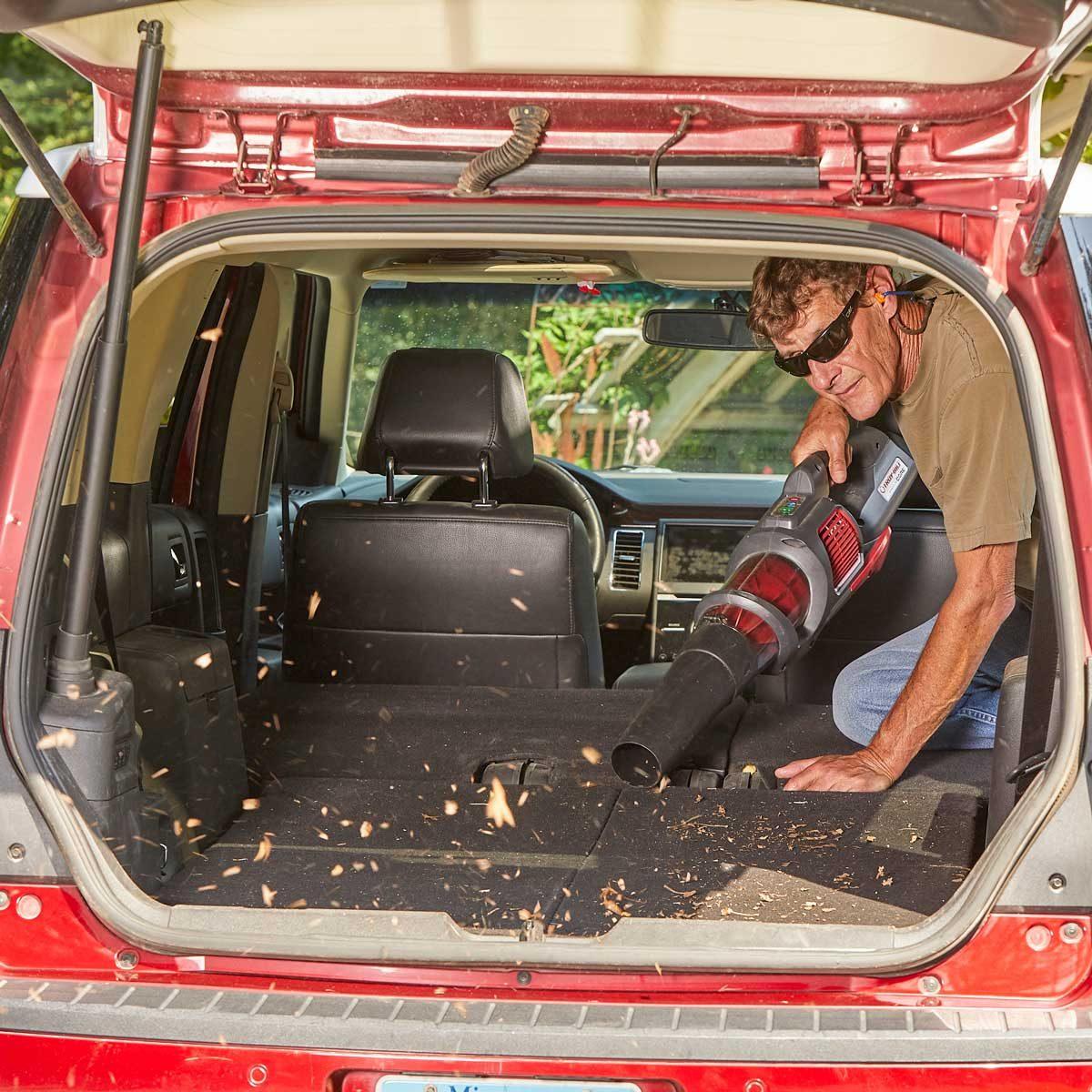 leaf blower clean out car dirt