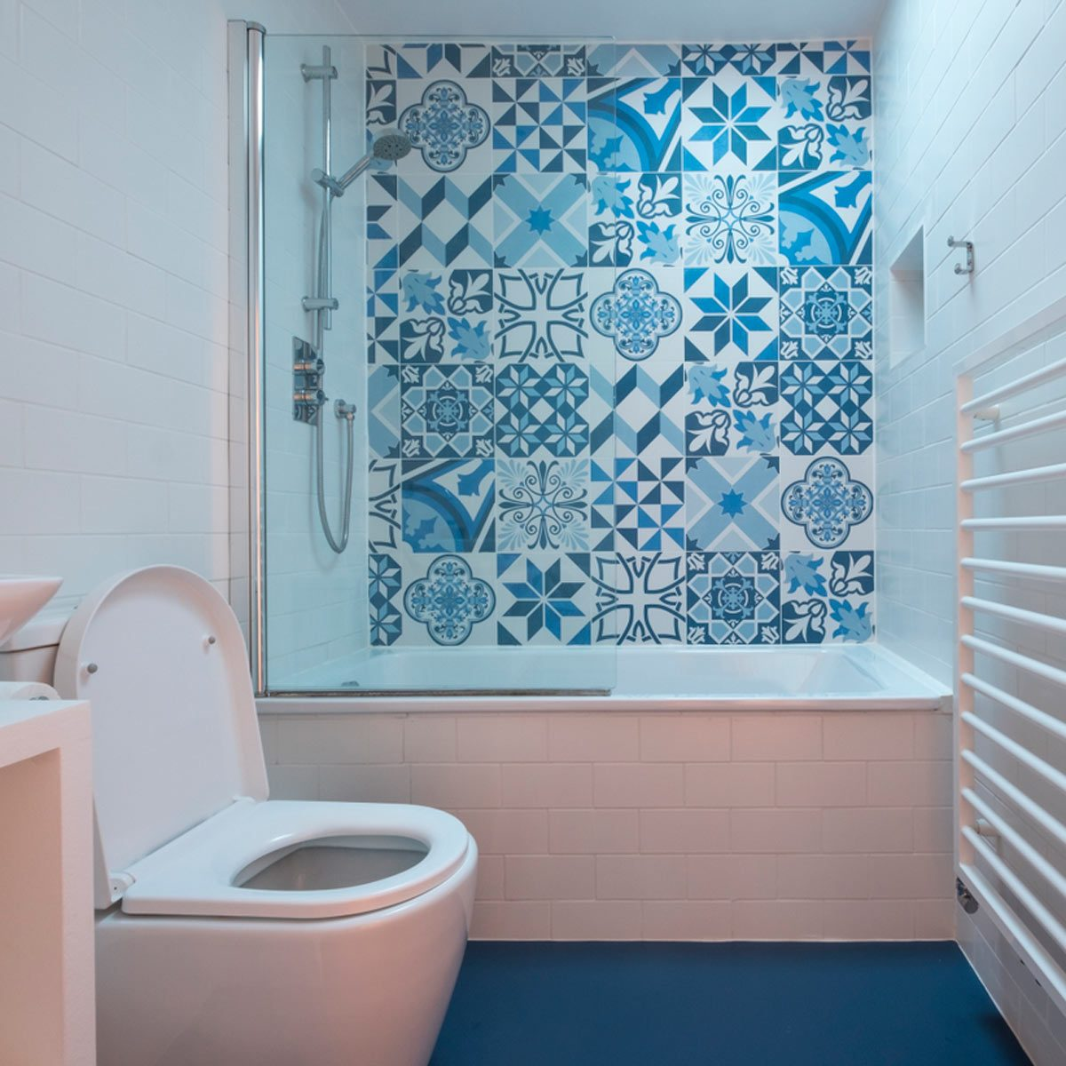 blue small master bathroom ideas