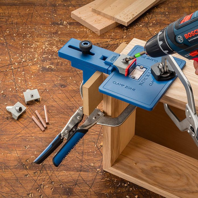 Drilling into a corner with a Rockler jig