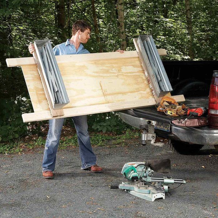 FH08NOV_493_08_034-1200 sawhorse tips
