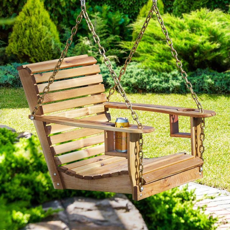 FH19APR_59367_017shutterstock_254487943_hsp-1200 backyard swing