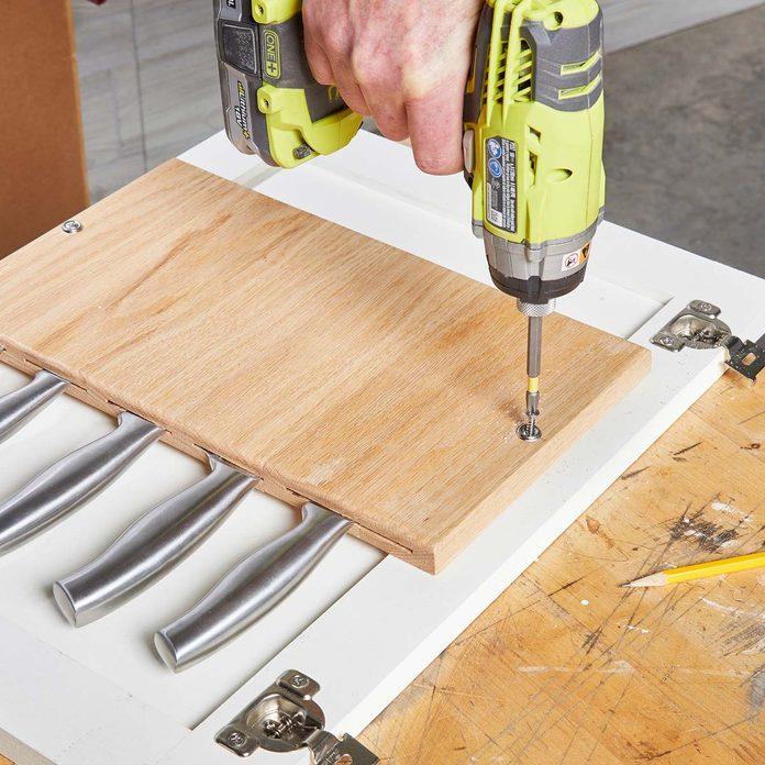 mount the knife rack