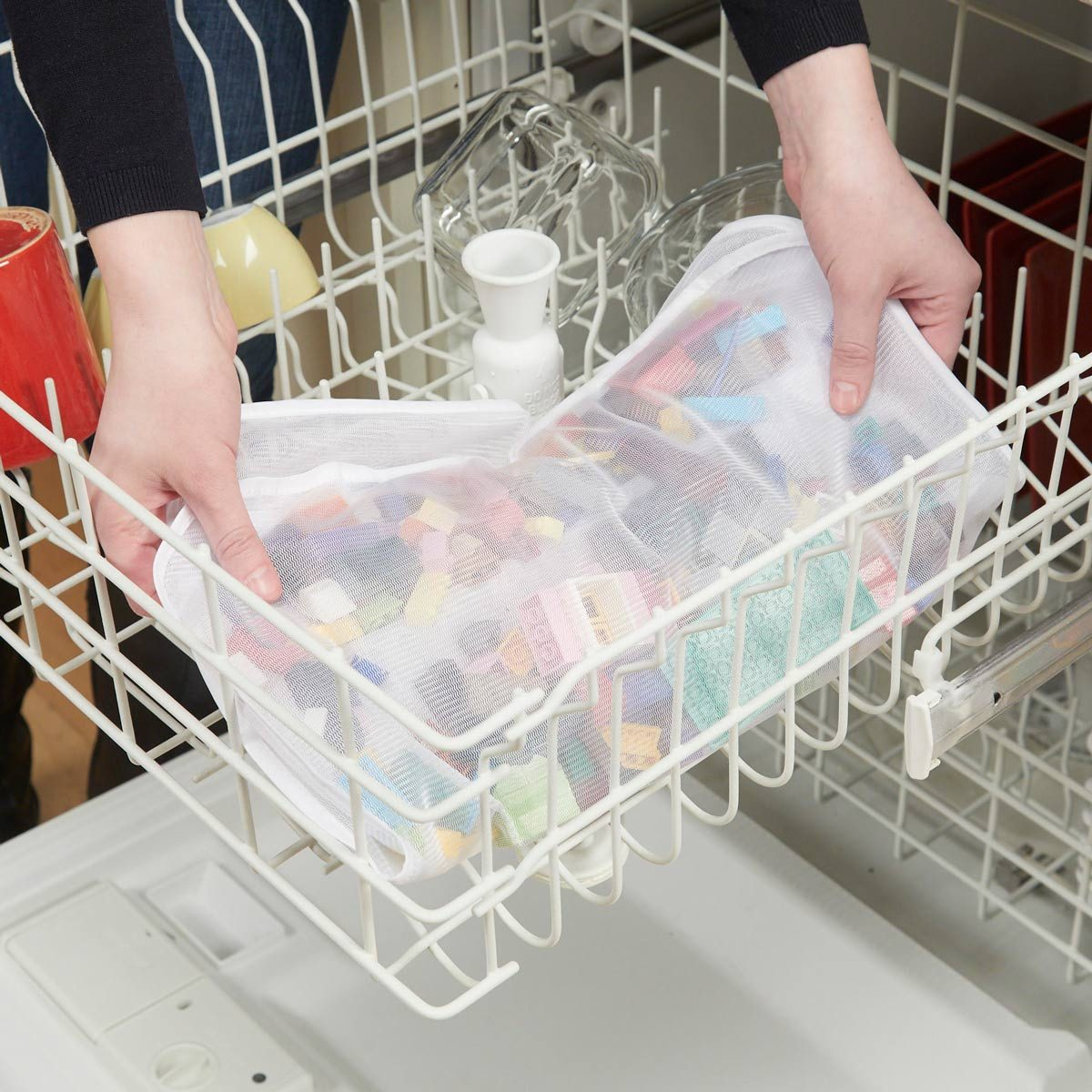 HH disinfect legos in dishwasher